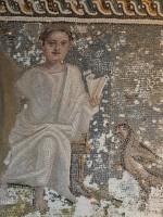 Carole-Raddato-Mosaik-Schriftrolle