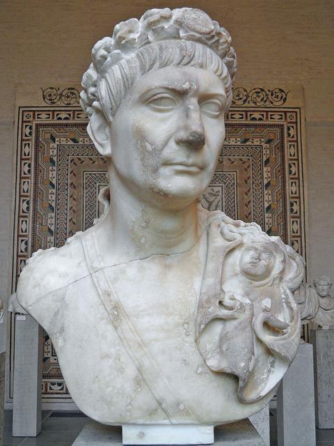Trajan-Glyptothek-Büste-Kaiser