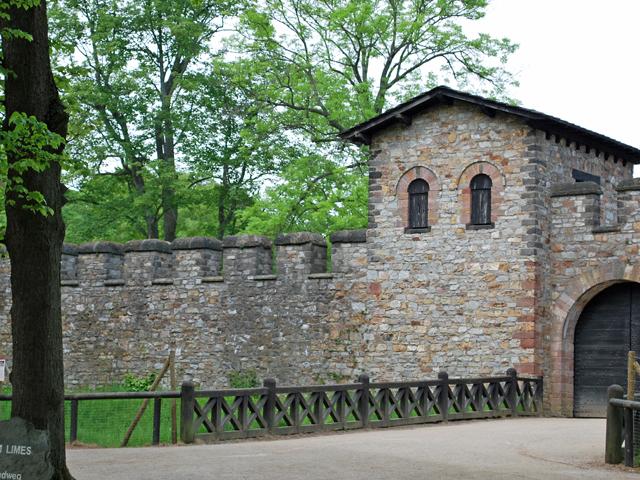 Saalburg-Tor