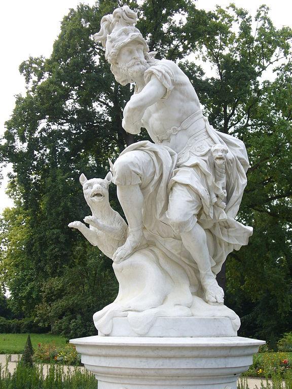 Mars-Gott_der_Kriegskunst-Skulptur-FanzösischesRondell-Sanssouci