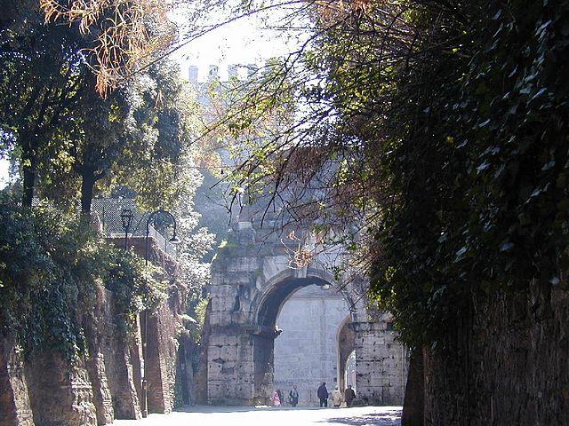 Via Appia-Porta_san_sebastiano